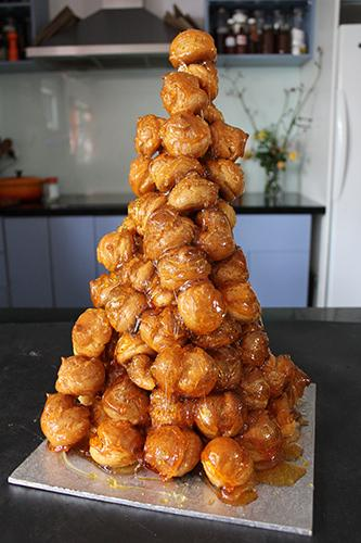 Learn how to make a croquembouche at a Jacican cooking class